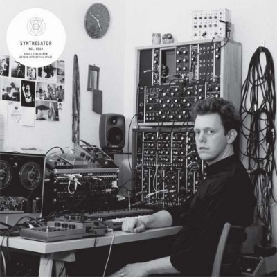 DANIEL FAGERSTRÖM Beyond Interstitial Space (Synthesator Vol.4)